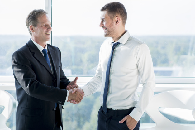 استشارات خبير شراكة و شركاء تقسيم الحصص